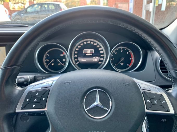 MERCEDES C-CLASS C220 CDI BLUEEFFICIENCY EXECUTIVE SE - 4239 - 13